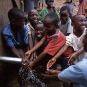 Gruvloppet gav 35 000 kr till Vatten åt Alla